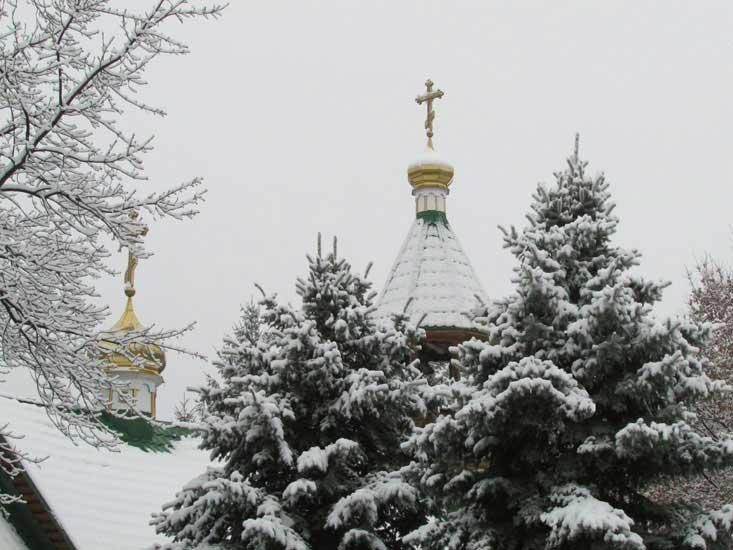 Церквушка в снегу.